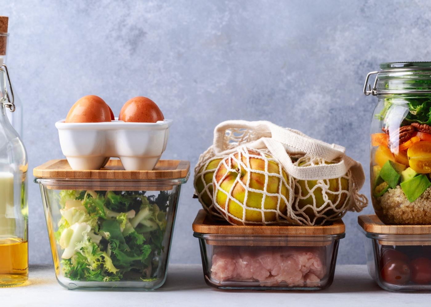 Armazenamento de alimentos no frigorífico: alimentos em frascos