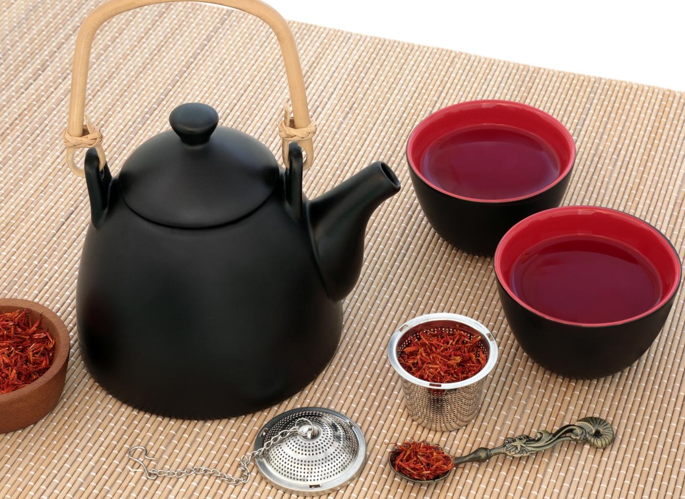 Chás para o Fígado: os seus aliados na desintoxicação