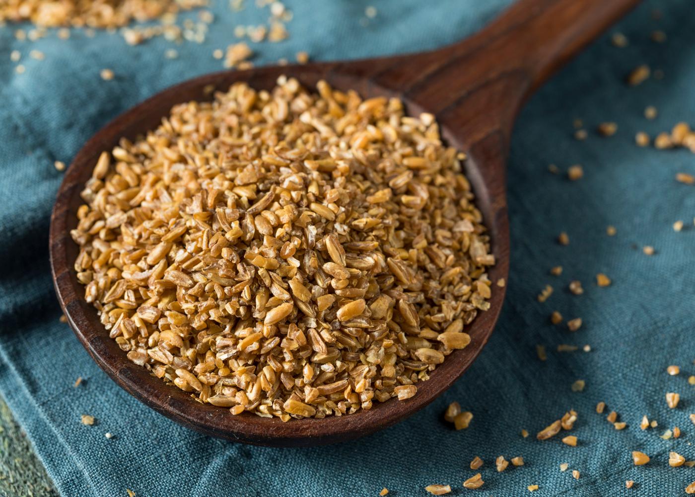 colher com trigo sarraceno