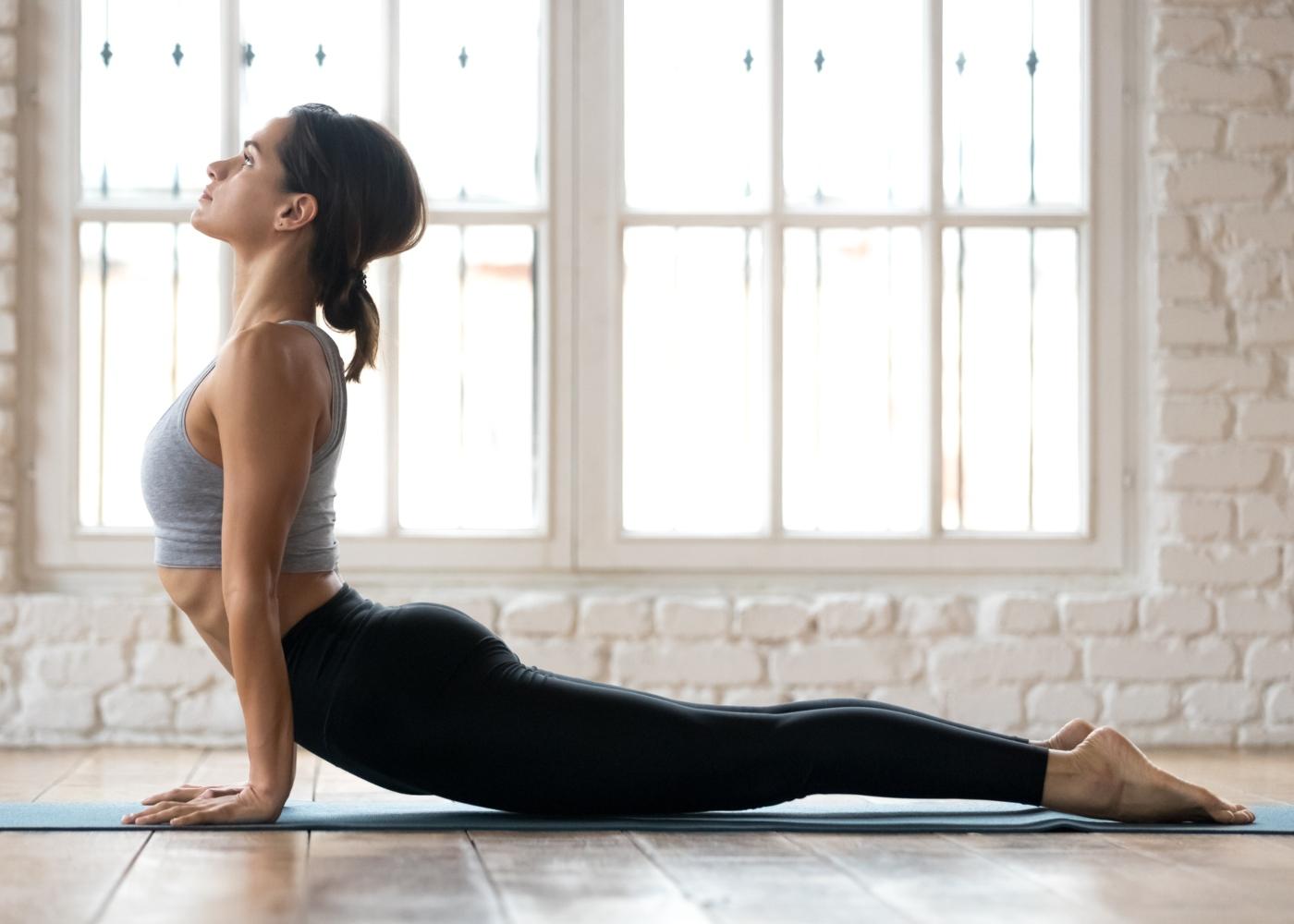 Exercícios para a dor ciática: extensão da coluna