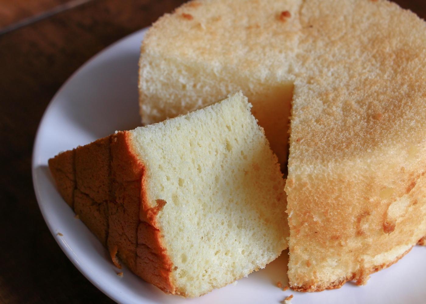 Pão de ló com 3 ingredientes