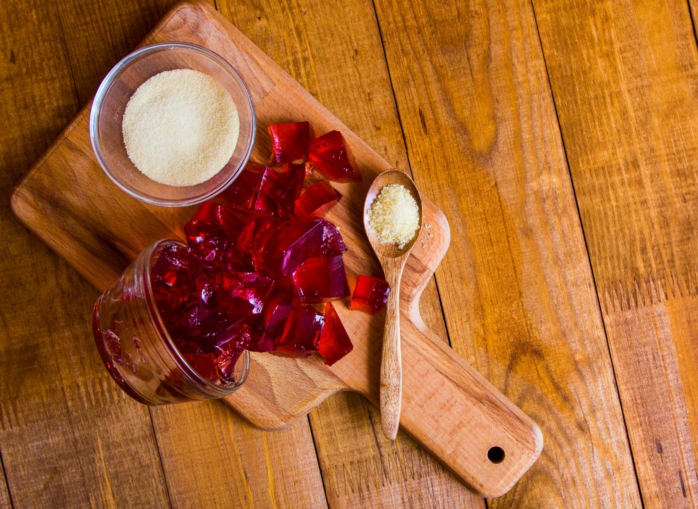 Gelatina: rica em proteína? Para emagrecer? Os mitos.