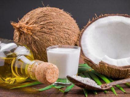 """Óleo de coco vs azeite: quem sai vencedor desta """"batalha""""?"""