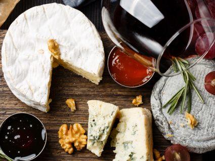 Guia para combinar vinhos com alimentos: uma experiência sensorial à mesa