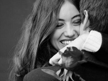 11 Sinais claros de que ele/ela está apaixonado/a por si