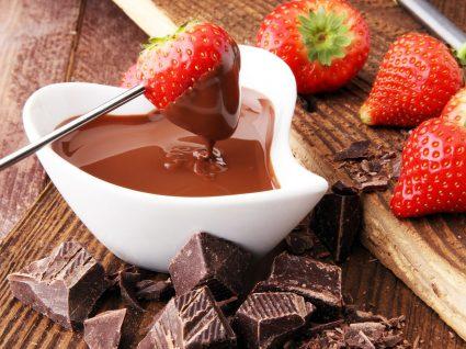 5 Receitas rápidas e absolutamente deliciosas de fondue doce