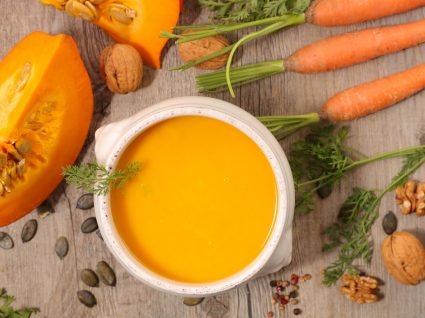 4 Deliciosas receitas de sopa com menos de 100 kcal