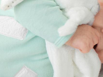 Black Friday: 10 prendas de Natal para recém-nascidos com descontos de 40%