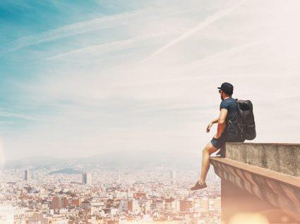 16 Dicas essenciais para viajar sozinho: tome nota de tudo!