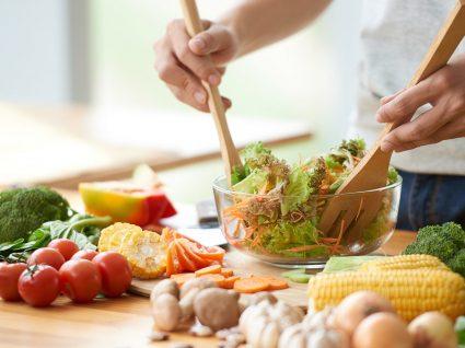 6 Formas de poupar tempo na cozinha que tem que conhecer