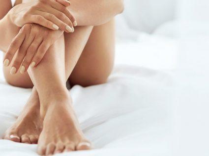 Conheça os melhores truques e tratamentos para desinchar os pés