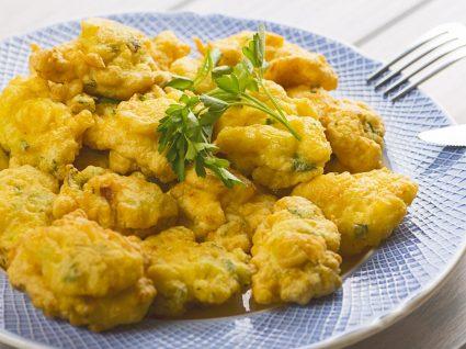 Pataniscas de bacalhau: a receita tradicional e opções mais saudáveis
