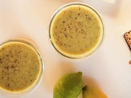 Receita de sopa verde saborosa e nutritiva by Vanessa Alfaro
