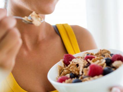 Os 12 melhores alimentos para não sentir fome pouco tempo depois de comer