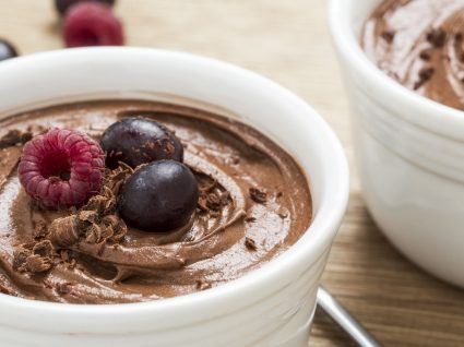 Mousse de chocolate vegan: 4 receitas incríveis