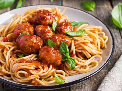 Almôndegas de carne: 3 receitas simples e cheias de sabor