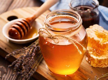 9 Benefícios do mel que fazem dele um alimento poderoso