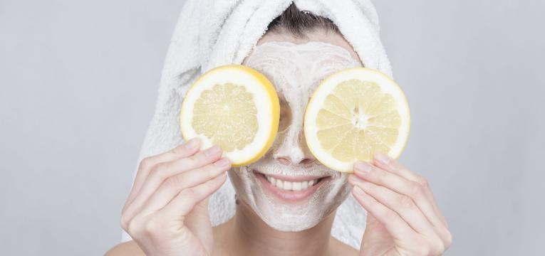 mascara nutritiva na pele