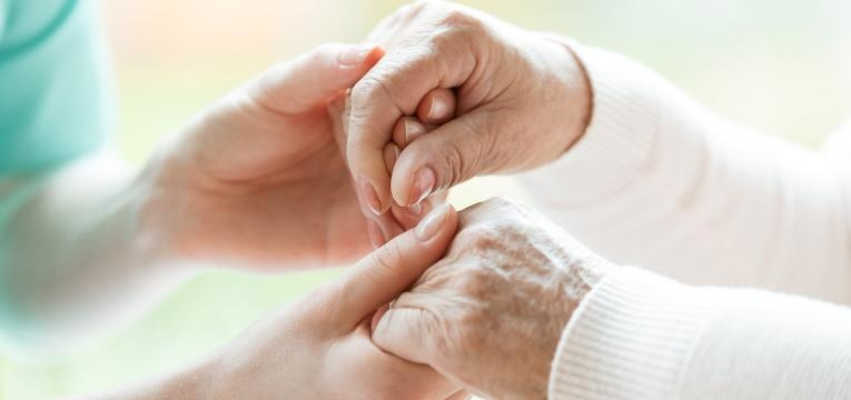 auxilio ao idoso