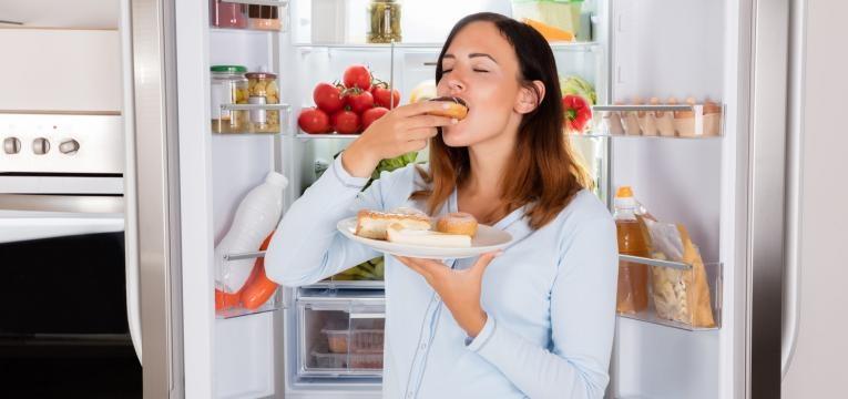 mulher com apetite