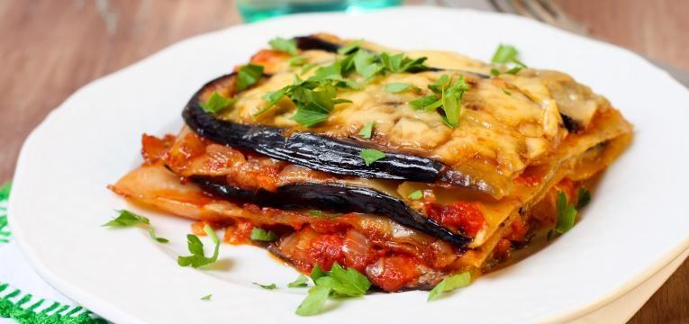 Lasanha de vegetais com queijo