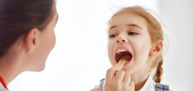 doenças mais comuns nas criancas e amigdalite