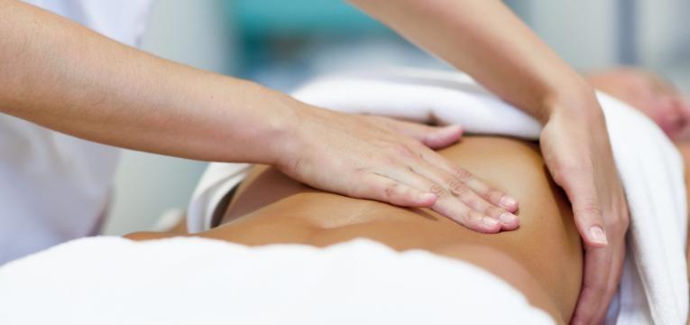 massagem a barriga