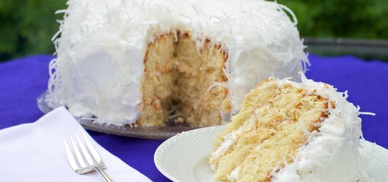 Bolos de aniversarios saudaveis e bolo de coco