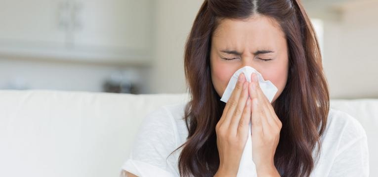 mulher constipada