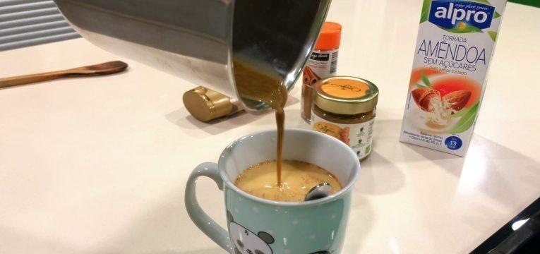 Bebidas quentes de inverno e Golden milk