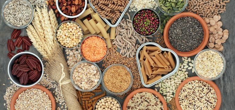 os melhores alimentos para comer de manha e fibra