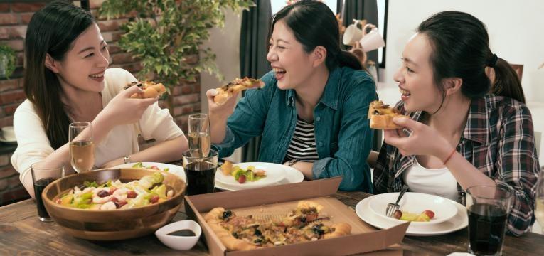 comer fora de casa