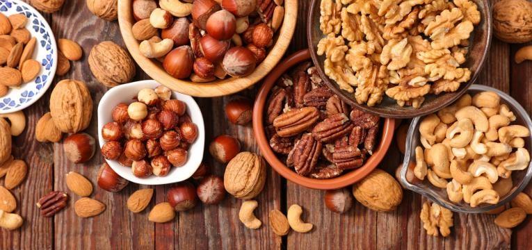 frutos secos em tigela