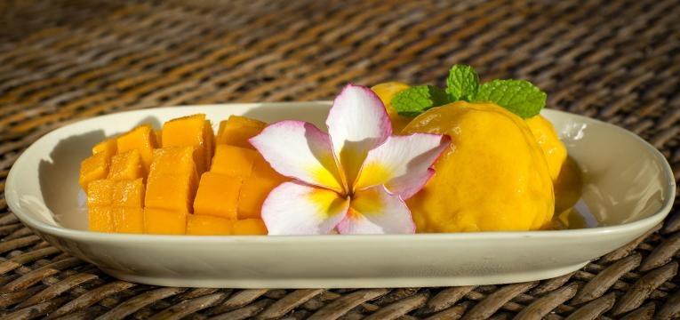 Gelado de frutos tropicais