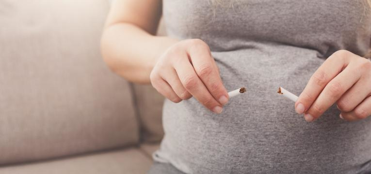 gravida a deixar de fumar
