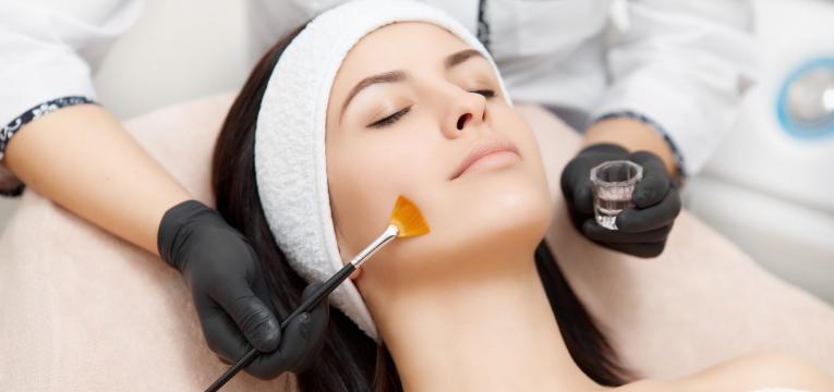 tratamentos para manchas na pele clinica estetica