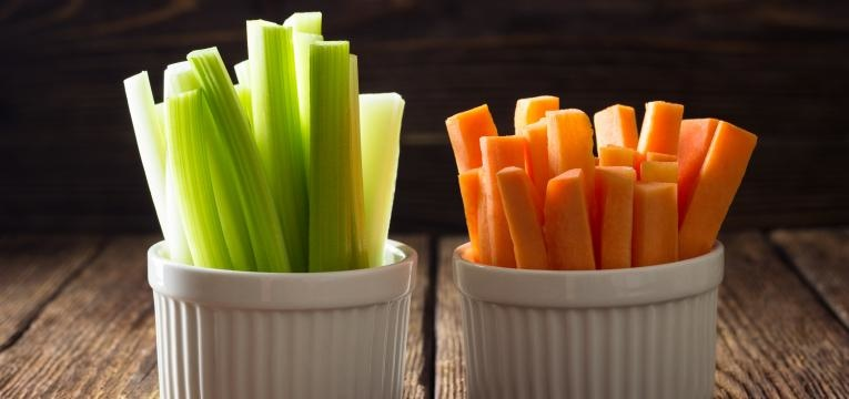alimentos que baixam o acido urico cenoura e pepino