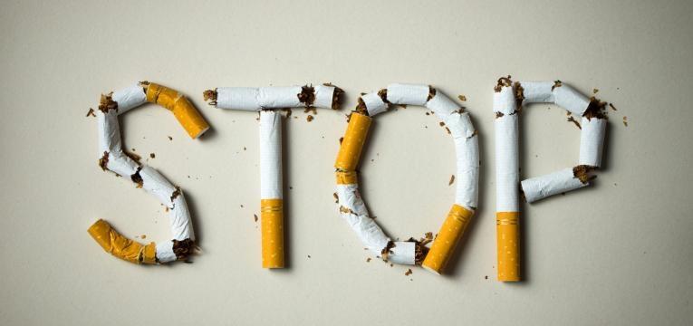 hernia no estomago parar de fumar