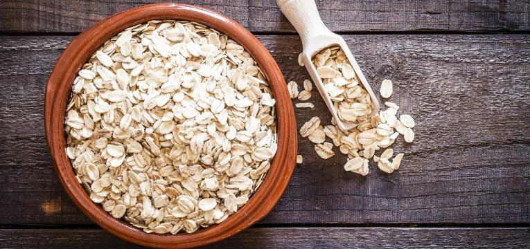 alimentos para evitar constipacoes Aveia em tigela