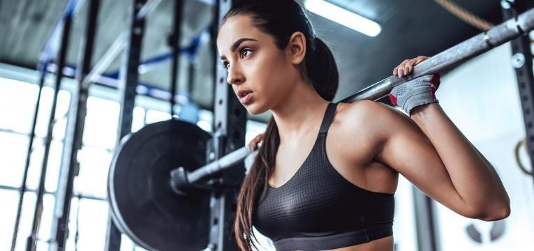 exercicios de musculacao agachamentos