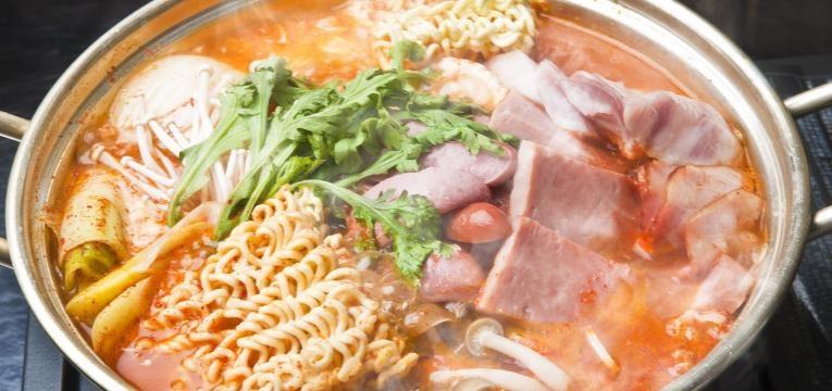Receitas para experimentar em 2019 Hot Pot Coreano