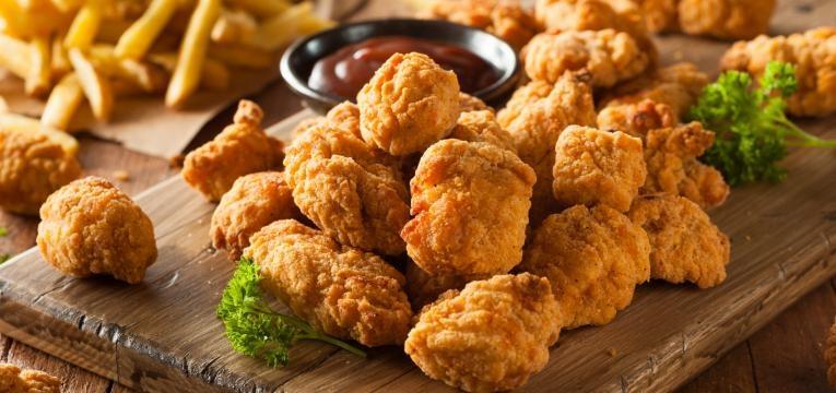 Nuggets vegetarianos de milho