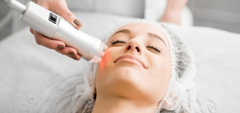 tratamentos de rosto que deve experimentar em 2019