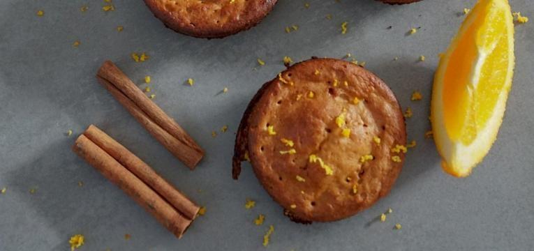 muffins de laranja e amendoim