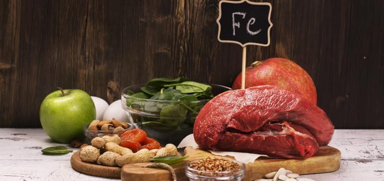 Anemia ferropriva alimentos ricos em ferro