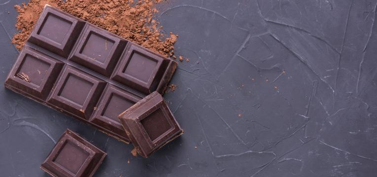 alimentos para nao sentir fome chocolate negro em barra