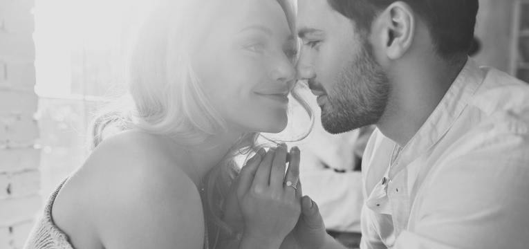carencia afetiva casal a namorar