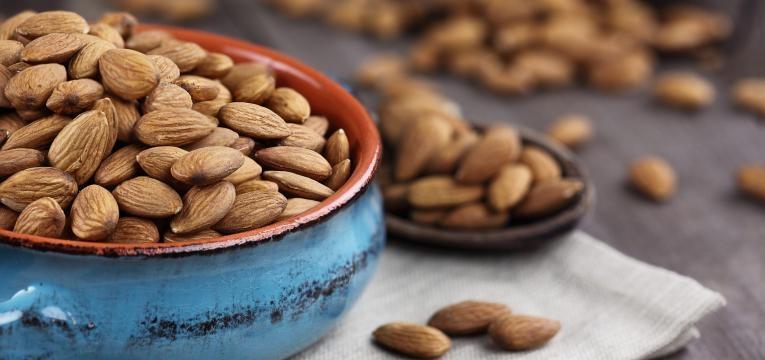 importancia do calcio amendoas