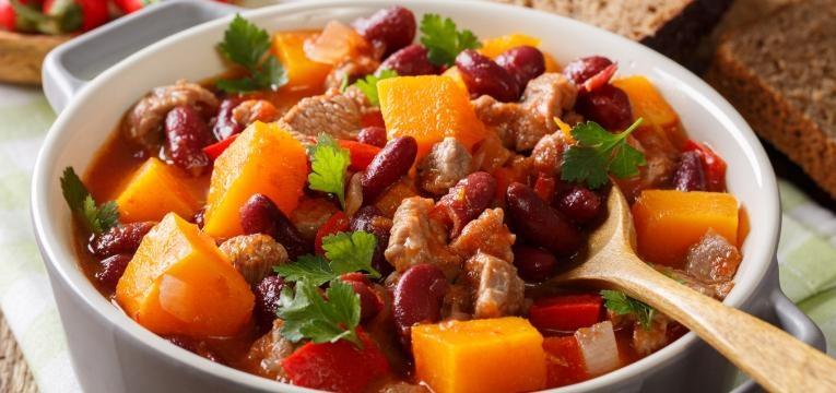 Chili de carne com legumes