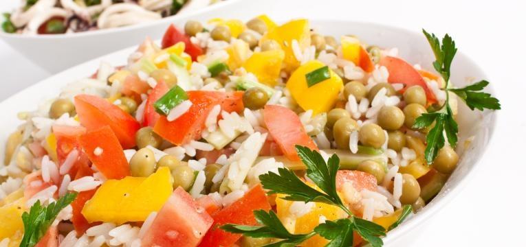 receitas vegan para criancas salada de arroz